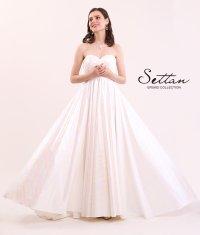 [SETTAN]ホワイト・ オーロラ・ ベア・ Aライン・ シンプル・ ロングドレス